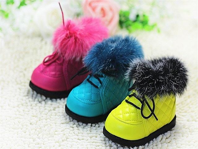 как выбрать зимнюю обувь годовалому ребенку