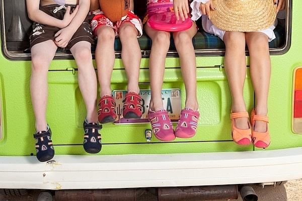 Как выбрать летнюю и зимнюю обувь ребенку