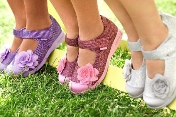 Какую обувь выбрать ребенку: летние модели для девочек